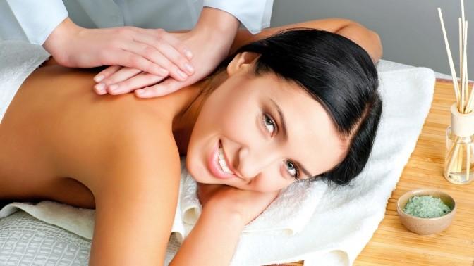Почему женщине необходимо делать массаж